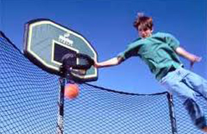 trampoline-basketballs